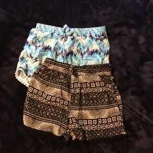 Bundle of 2 girl Sz 7/8 shorts